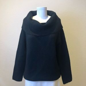 Sweaters - Black Sweater So Soft Size S